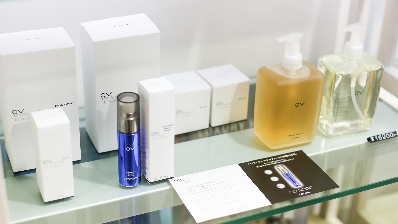 「OV」ラインにはフェイスクリーム、シート状の美容液マスク、美容液、美容オイルなど、幅広い分野のアイテムがラインナップされている。