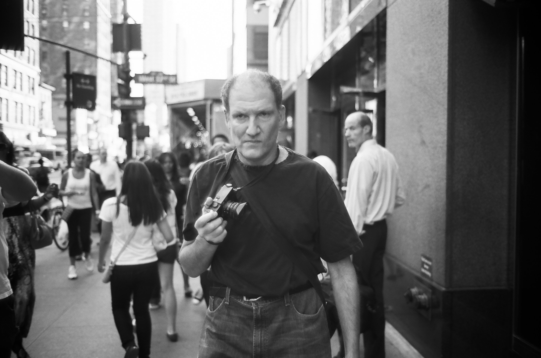 「世界が誇るスナップフォト・アーティスト」と称されるジェフ・マーメルスタイン。その作品はニューヨーク・タイムズをはじめ、一流の雑誌に数多く掲載されている。©Alldayeveryday