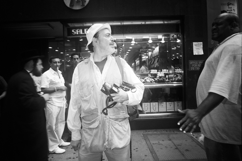 ブルックリン育ちのブルース・ギルデン。写真通信社マグナムフォトの会員で、日本にも3カ月ほど滞在したことがある。©Alldayeveryday
