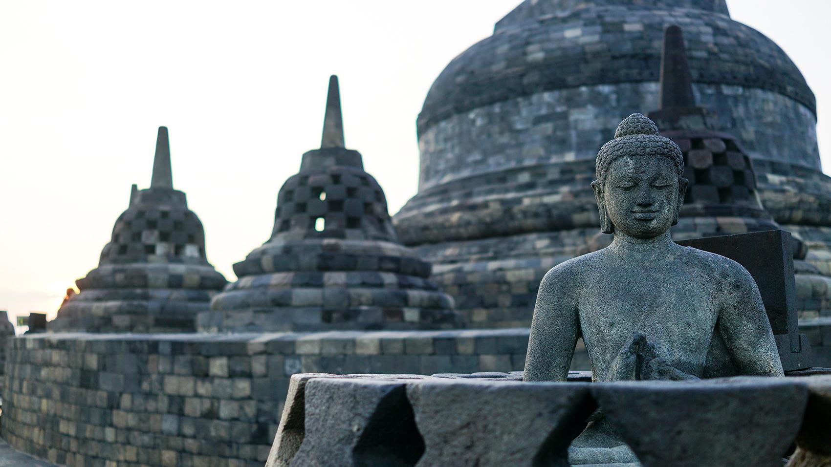インドネシアは、場所によって様々な表情を見せてくれる。